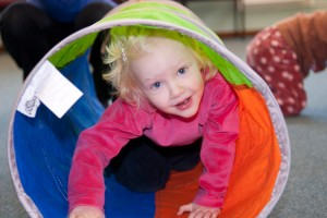 More fun with tunnels - Kindermusik with Ali, preschoolers music class in Haslemere, Surrey